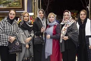 گزارش مراسم تجلیل نیوشا ضیغمی و همسرش از هنرمندان عرصه قلمزنی