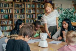 کدام زبان خارجی را برای داشتن آینده ای بهتر به کودکان تان بیاموزید؟