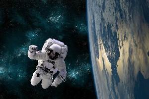 اعزام توریست به فضا در 2021