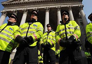 زنی که پلیس لندن را متعجب کرده است+تصویر