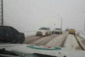 بارش برف و باران در جاده های 12 استان کشور