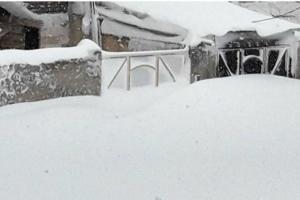 ارتفاع برف در خلخال به بیش از 4 متر رسید