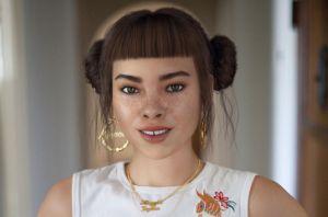 دختر جذاب 19 ساله تهدیدی برای بازیگران سرشناس!