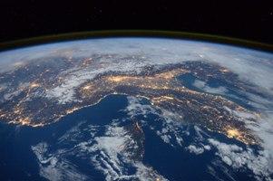 پیش بینی جالب الکساندر گراهامبل درباره زمین در 100 سال پیش