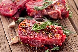 آلرژی به پروتئین گوشت قرمز, علت, علائم و درمان