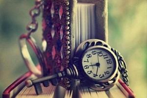 با ساعت مشامم  اینک  وقت عبور تن توست