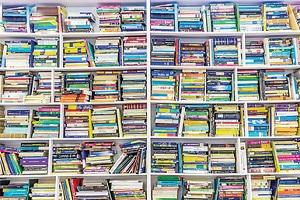 کتاب هایم را برای مبادله رایگان کجا ببرم؟