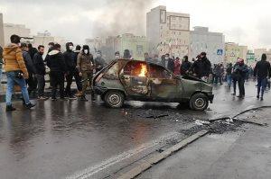 واکنش کیهان به اعلام آمار جان باختگان حوادث آبان